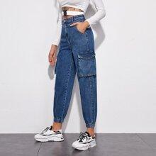 Karotte Jeans mit Taschen Klappen