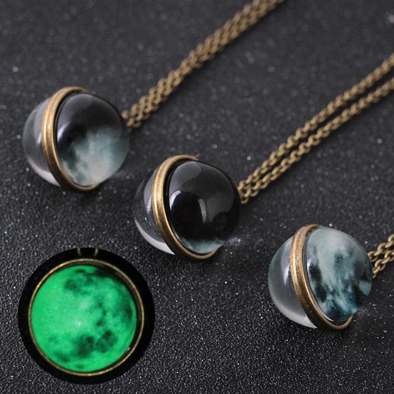 Vintage Pendant Necklace Glass Spherical Surface Noctilucent Moon Antique Copper Necklace for Women