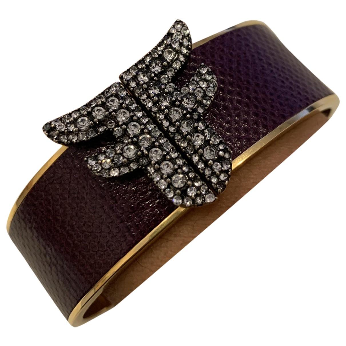 Fendi \N Armband in  Bordeauxrot Metall