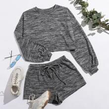Pullover mit sehr tief angesetzter Schulterpartie & Shorts Set mit Kordelzug auf Taille