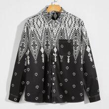 Hemd mit Geo Muster und Taschen Flicken