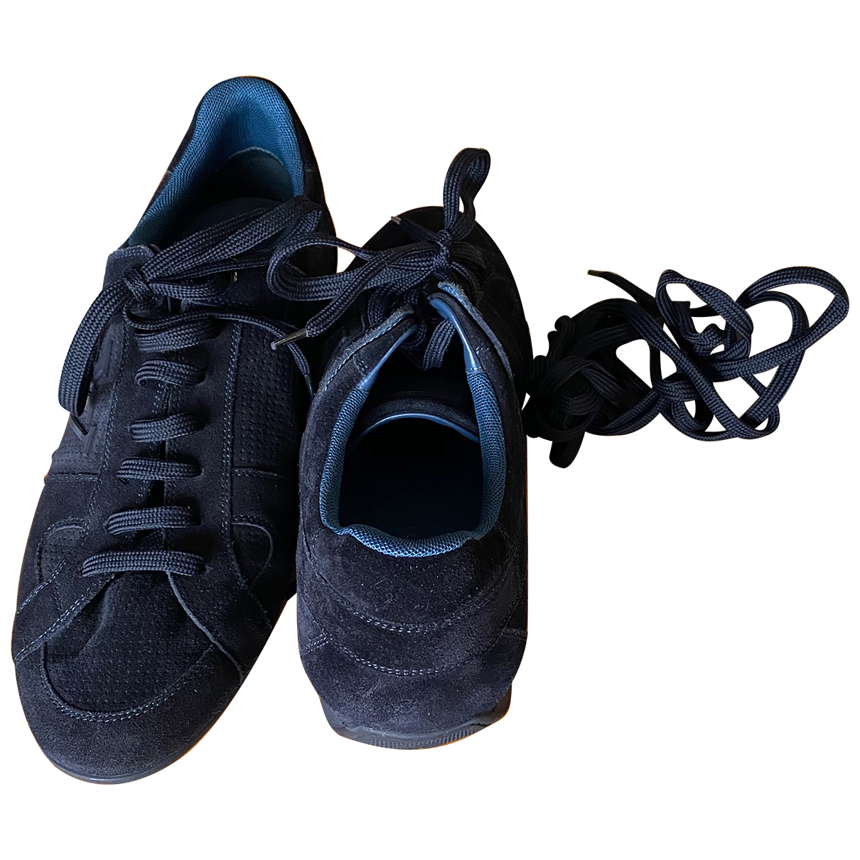 Louis Vuitton \N Sneakers in  Blau Veloursleder