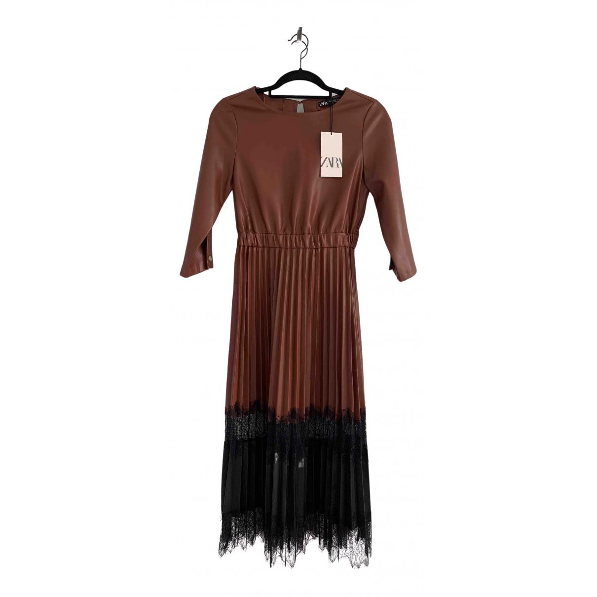 Zara \N Kleid in  Kamel Synthetik