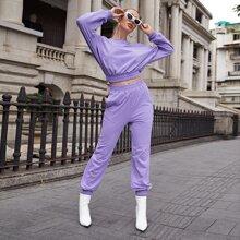 Einfarbiger Pullover mit sehr tief angesetzter Schulterpartie & Jogginghose Set ohne Tasche