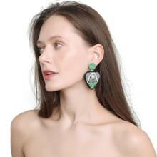 Ohrringe mit Perlen und Herzen Dekor