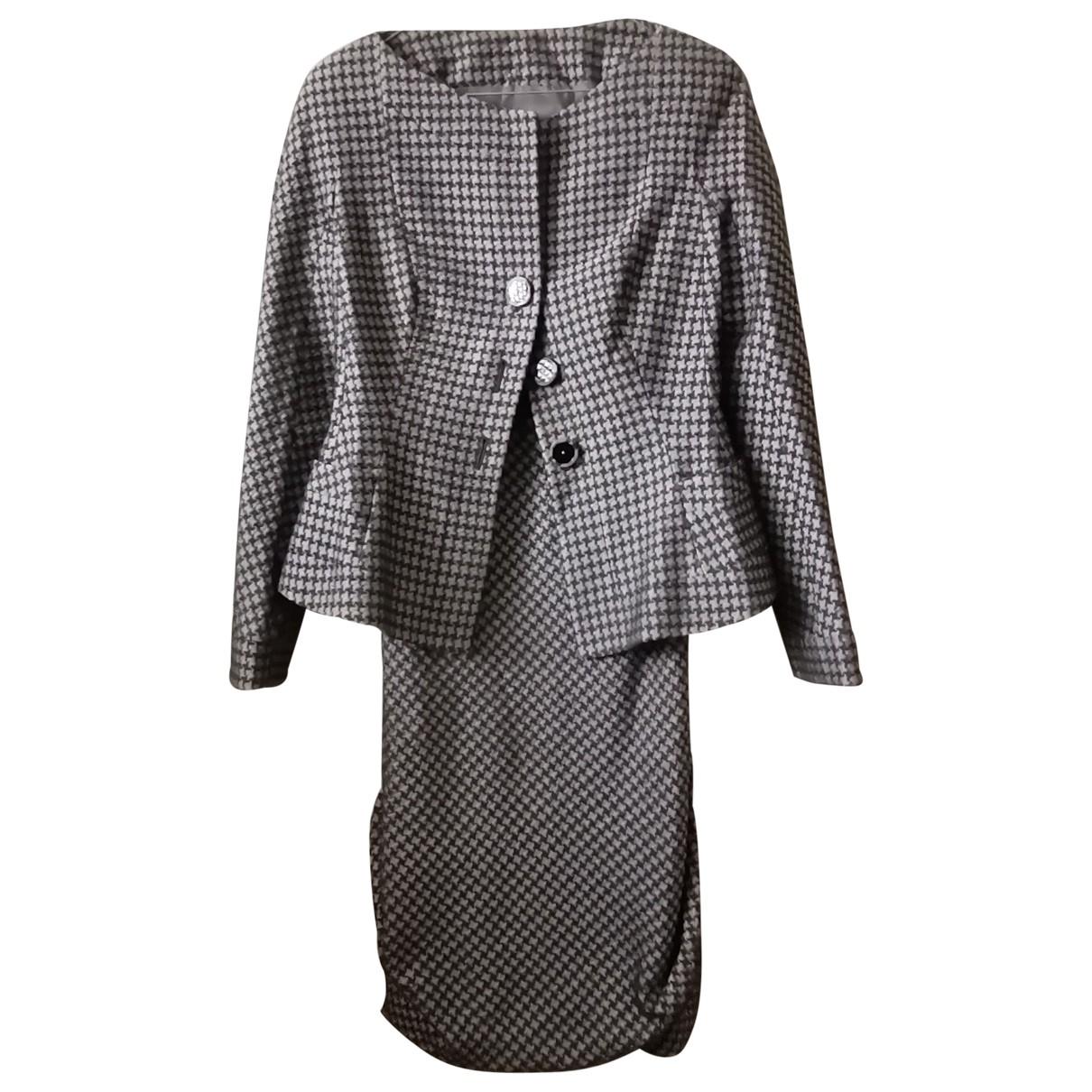 Giorgio Armani \N Kleid in  Grau Wolle
