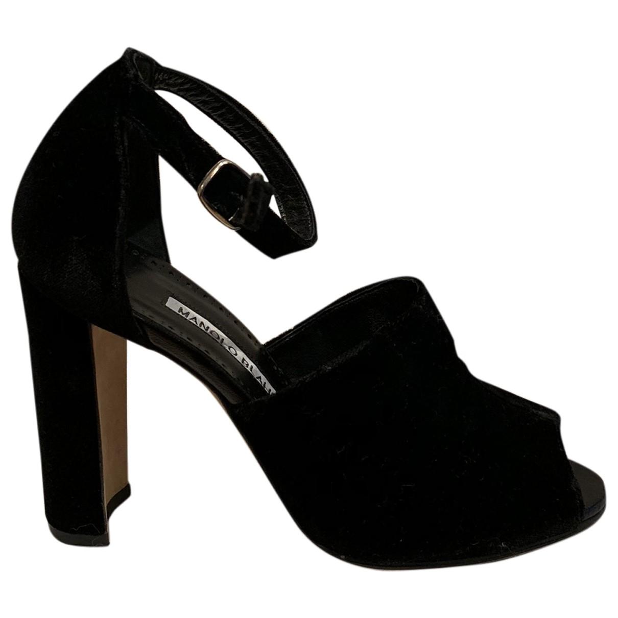 Sandalias de Terciopelo Manolo Blahnik