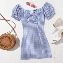 Schulterfreies Kleid mit Band vorn und Karo Muster