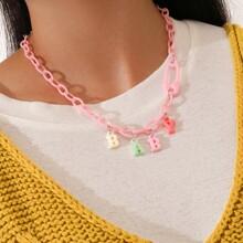Halskette mit Buchstaben Grafik und Kette