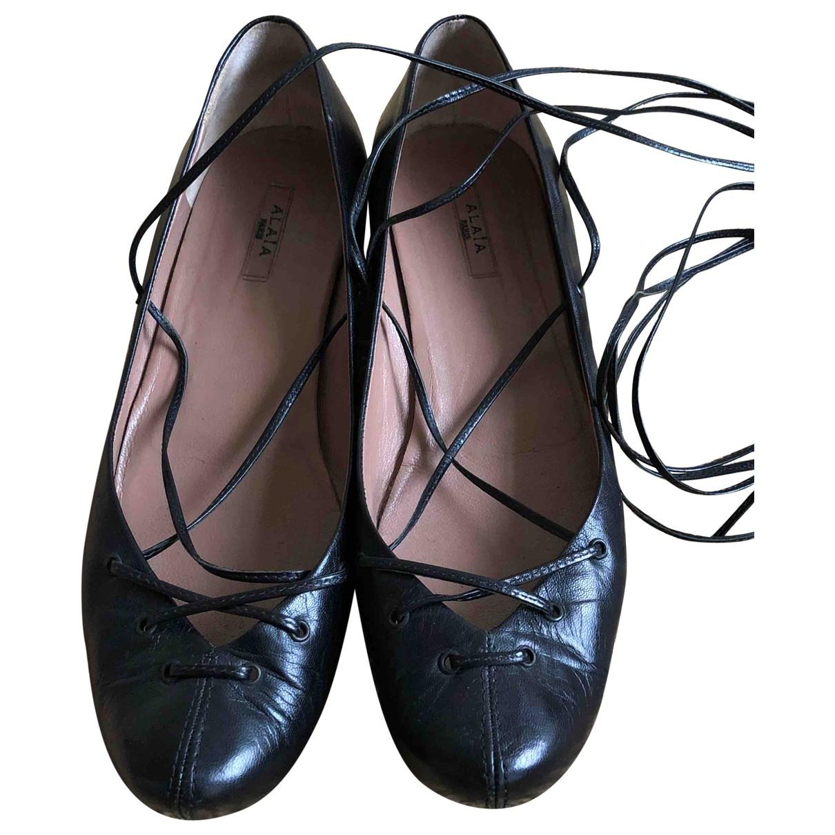 Bailarinas de Cuero Alaia