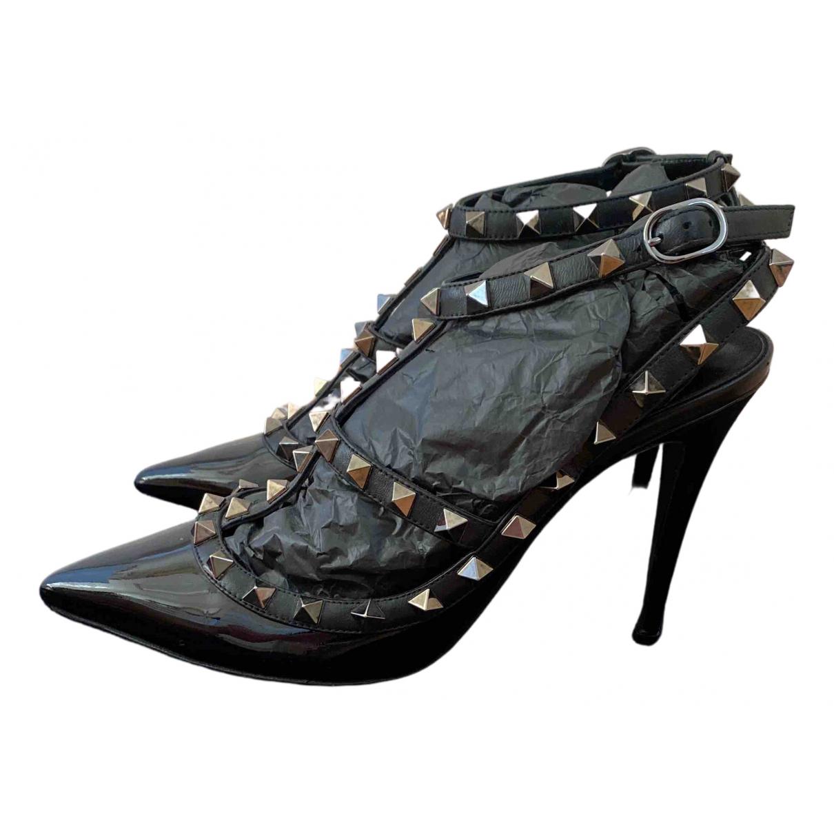 Valentino Garavani - Escarpins Rockstud pour femme en cuir verni - noir