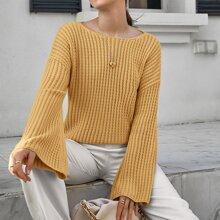Pullover mit sehr tief angesetzter Schulterpartie und Zopfmuster