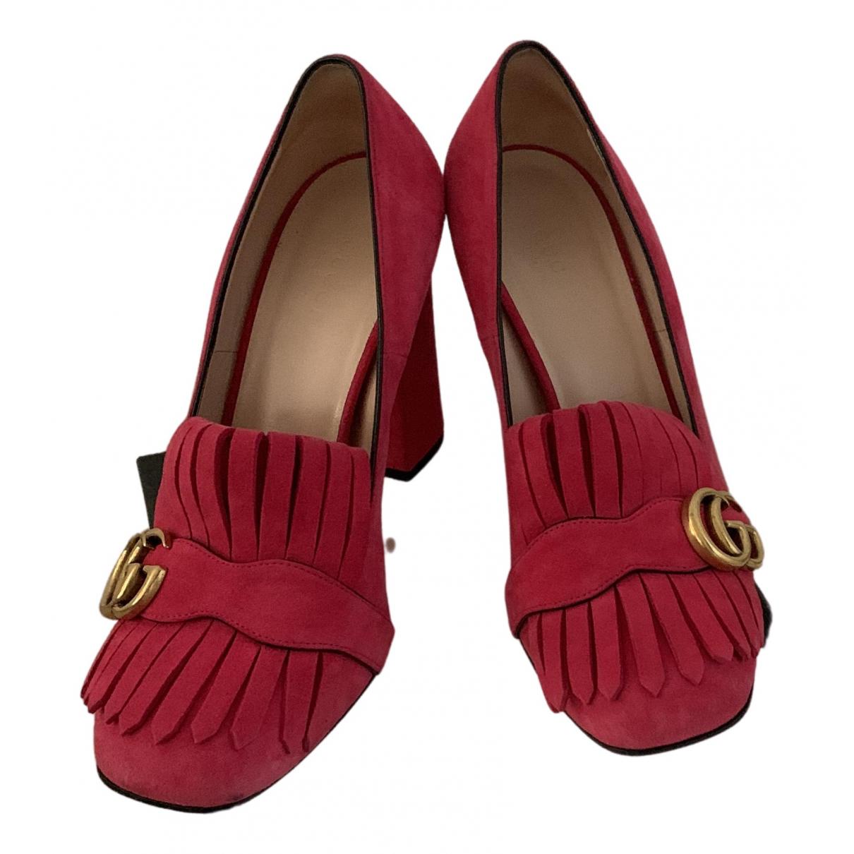 Gucci Marmont Pumps in  Rosa Veloursleder