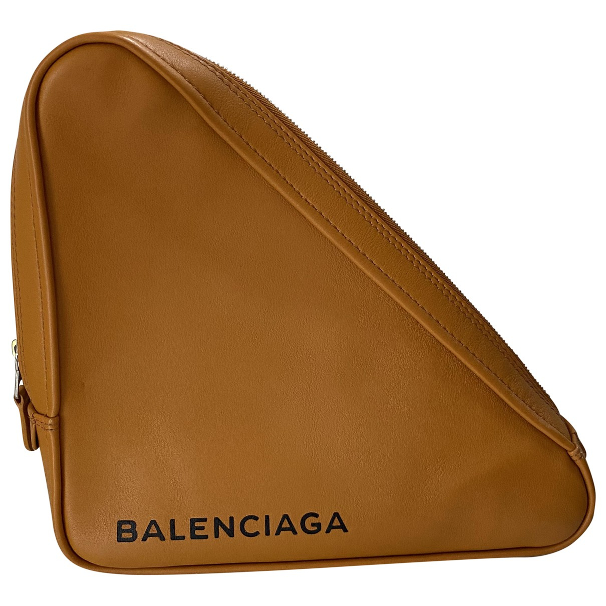Balenciaga Triangle Clutch in  Orange Leder