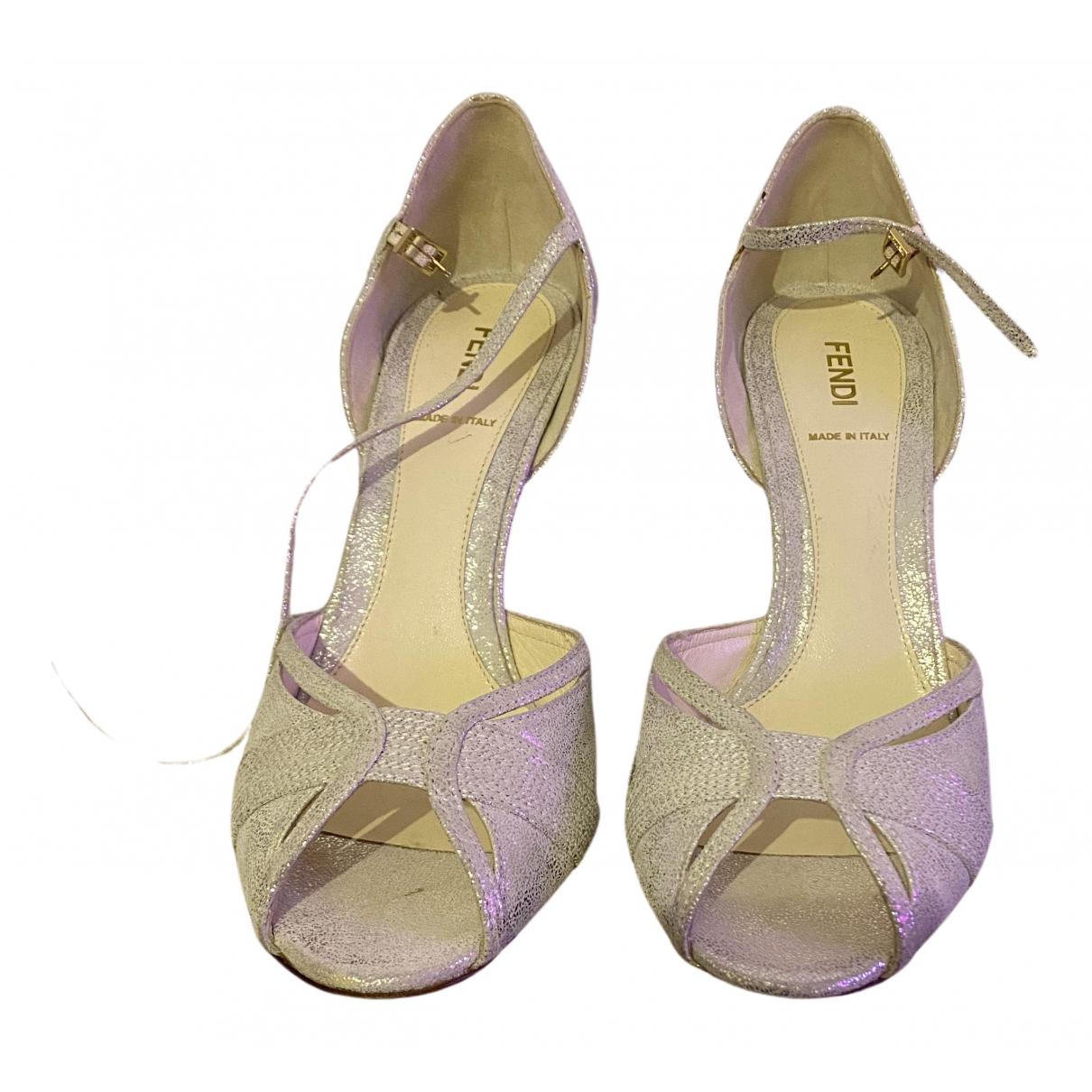 Fendi - Sandales   pour femme en cuir - argente
