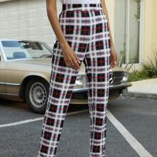 Hose mit Karo Muster und geradem Beinschnitt