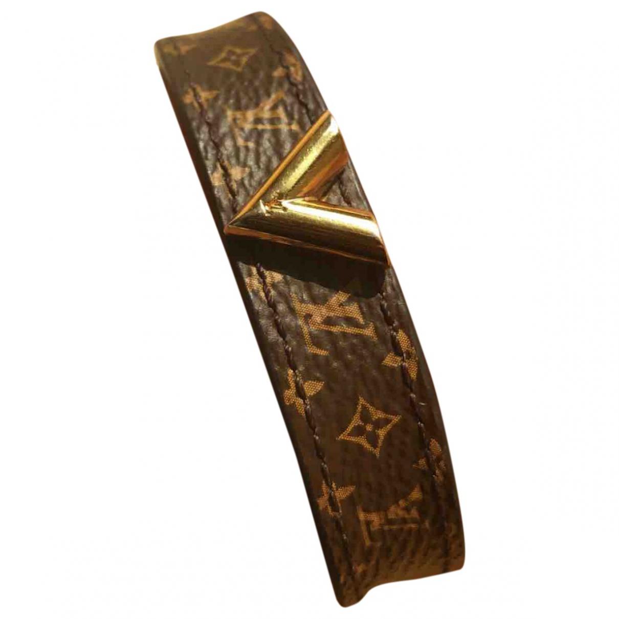 Louis Vuitton Essential V Gold Leather bracelet for Women \N