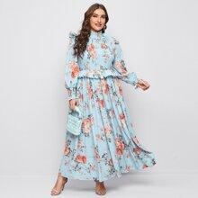Vestido con fruncido ribete con fruncido floral