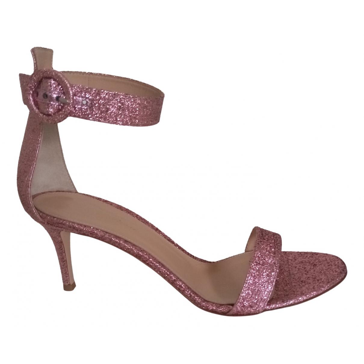 Gianvito Rossi - Sandales Portofino pour femme en a paillettes - rose