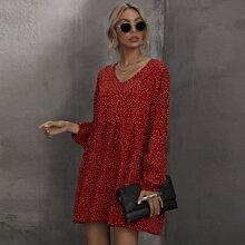 Kleid mit Punkten Muster und V-Kragen