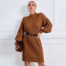 Pulloverkleid mit Laternenaermeln ohne Guertel