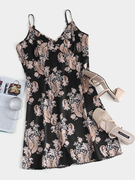 Yoins Black Adjustable Shoulder Straps Paisley Print V-neck Sleeveless Dress