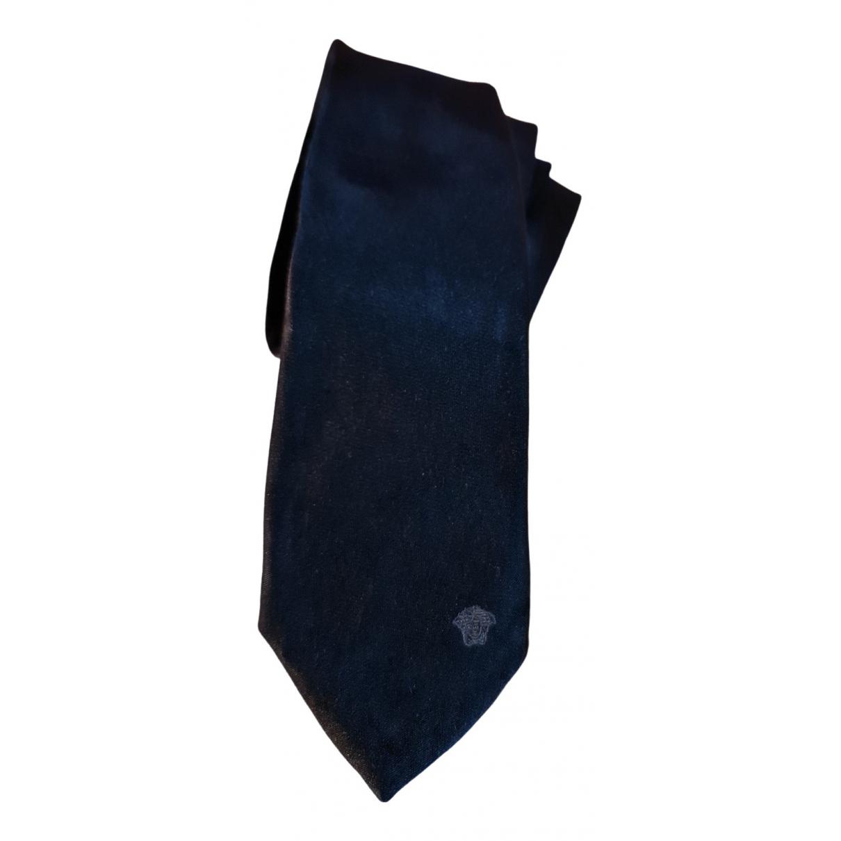 Versace \N Krawatten in  Schwarz Seide