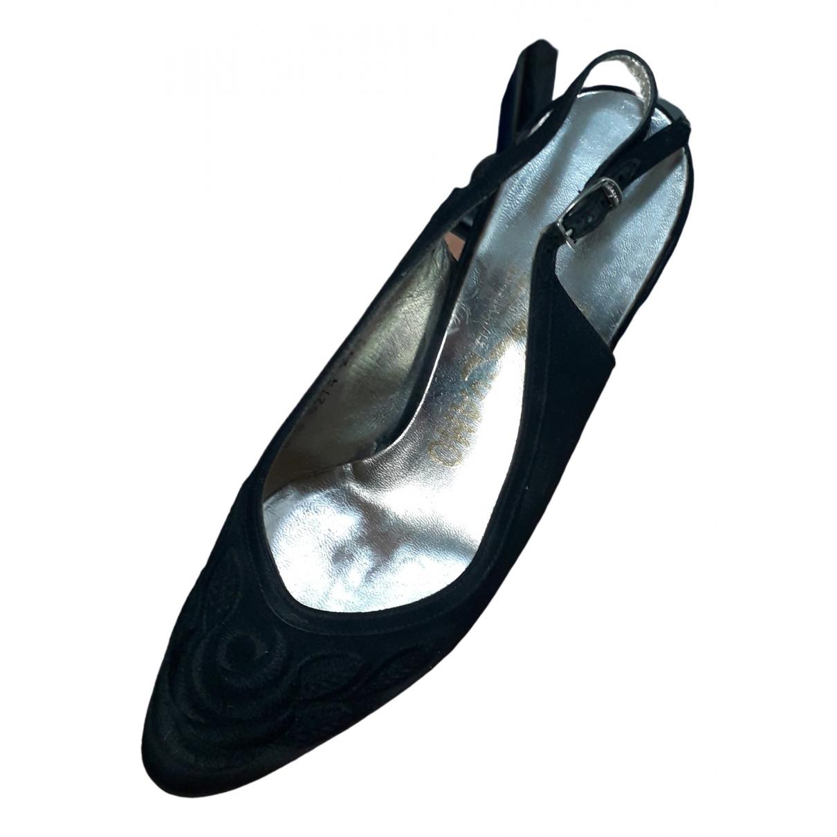 Sandalias romanas de Lona Salvatore Ferragamo