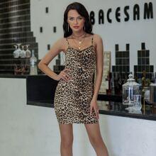 Eilly Bazar Kleid mit Reissverschluss hinten und Leopard Muster