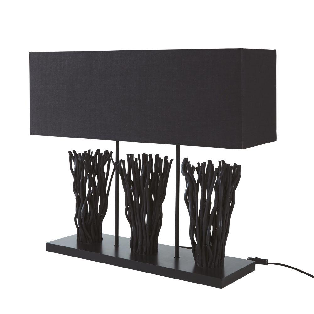 Lampe mit Staeben aus Weide mit schwarzen Lampenschirmen