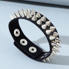 Men Rivet Decor PU Leather Bracelet