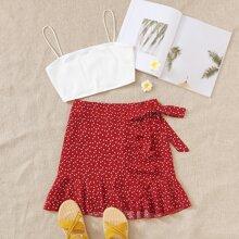 Conjunto top de tirante corto con falda con cordon lateral cruzado ribete fruncido con estampado de corazon