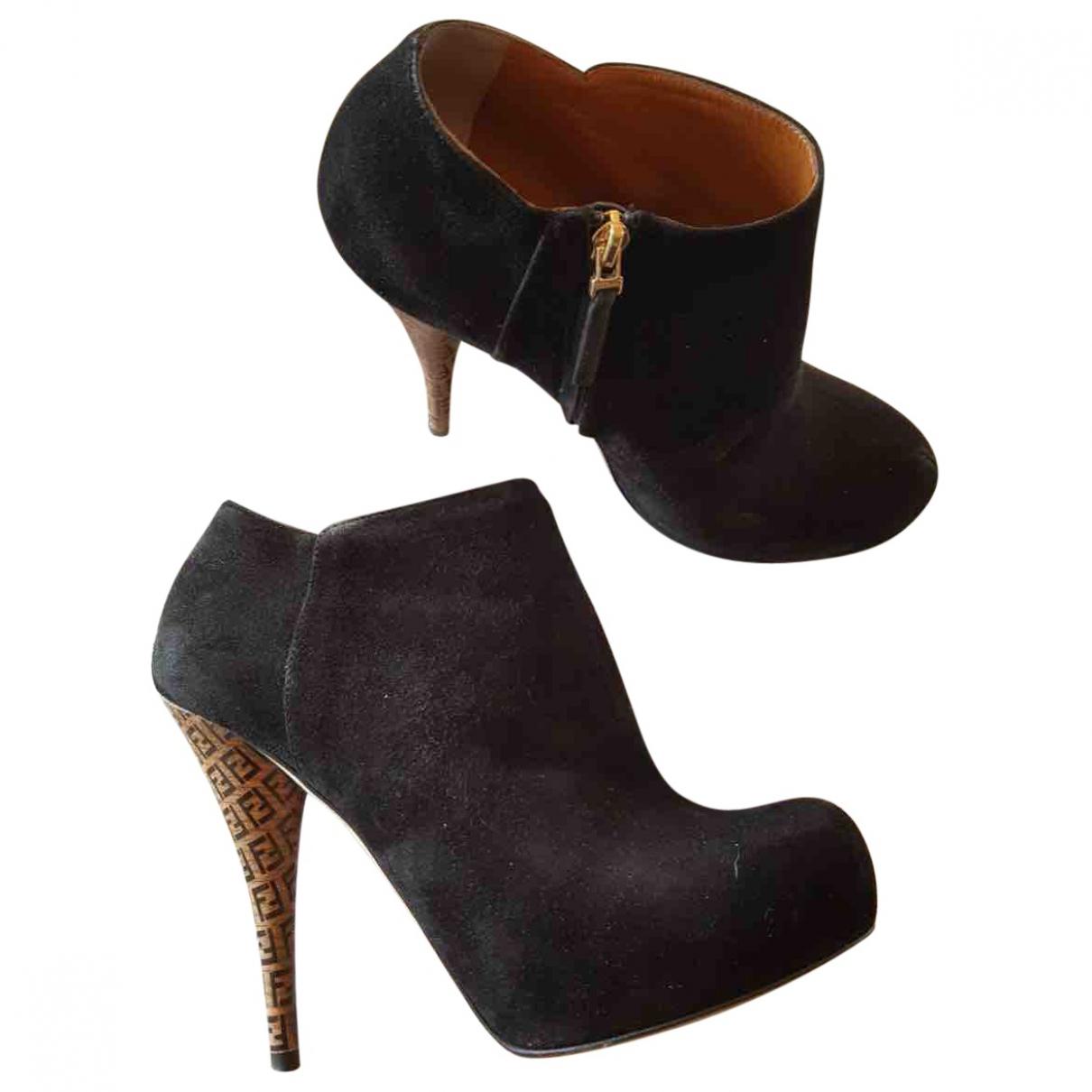 Fendi - Boots   pour femme en suede - noir