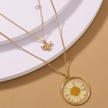 Bee & Daisy Pendant Layered Necklace