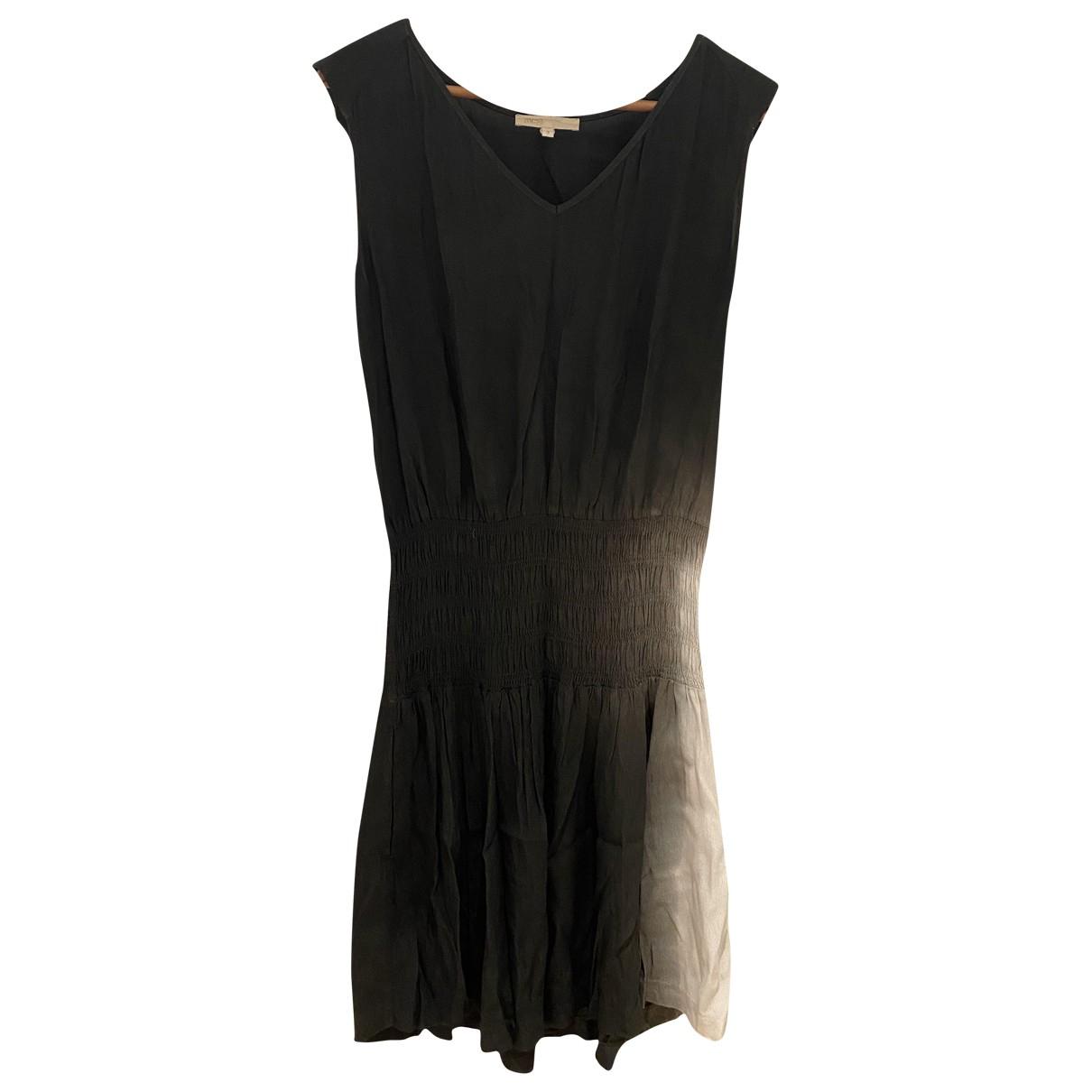 Maje \N Kleid in  Grau Leinen