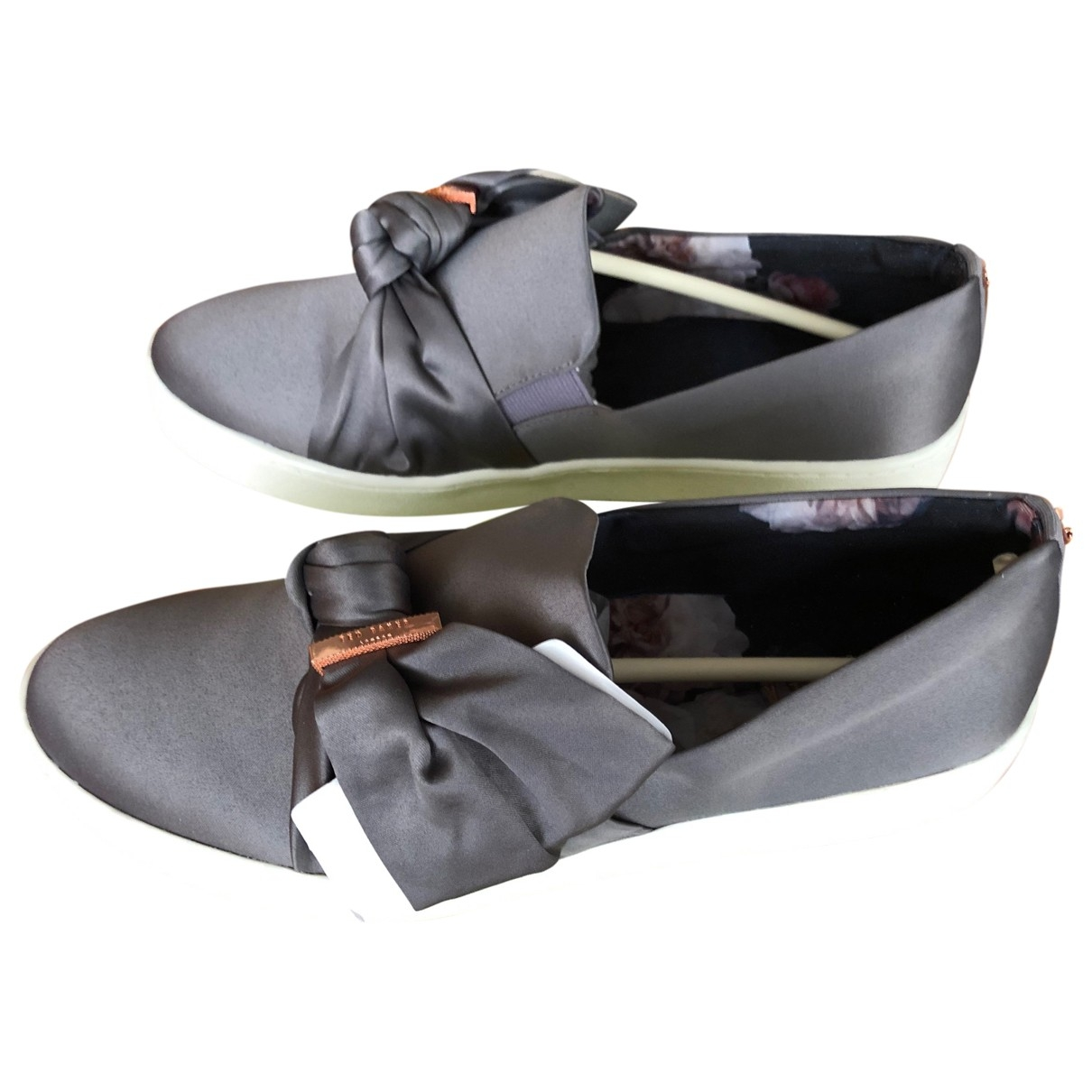 Ted Baker \N Grey Cloth Flats for Women 40 IT