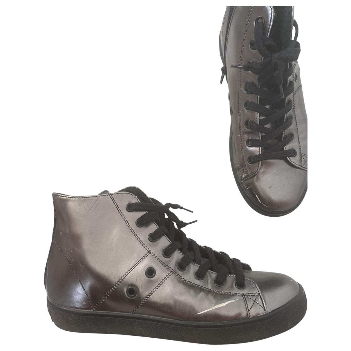 Leather Crown \N Espadrilles in  Metallic Lackleder