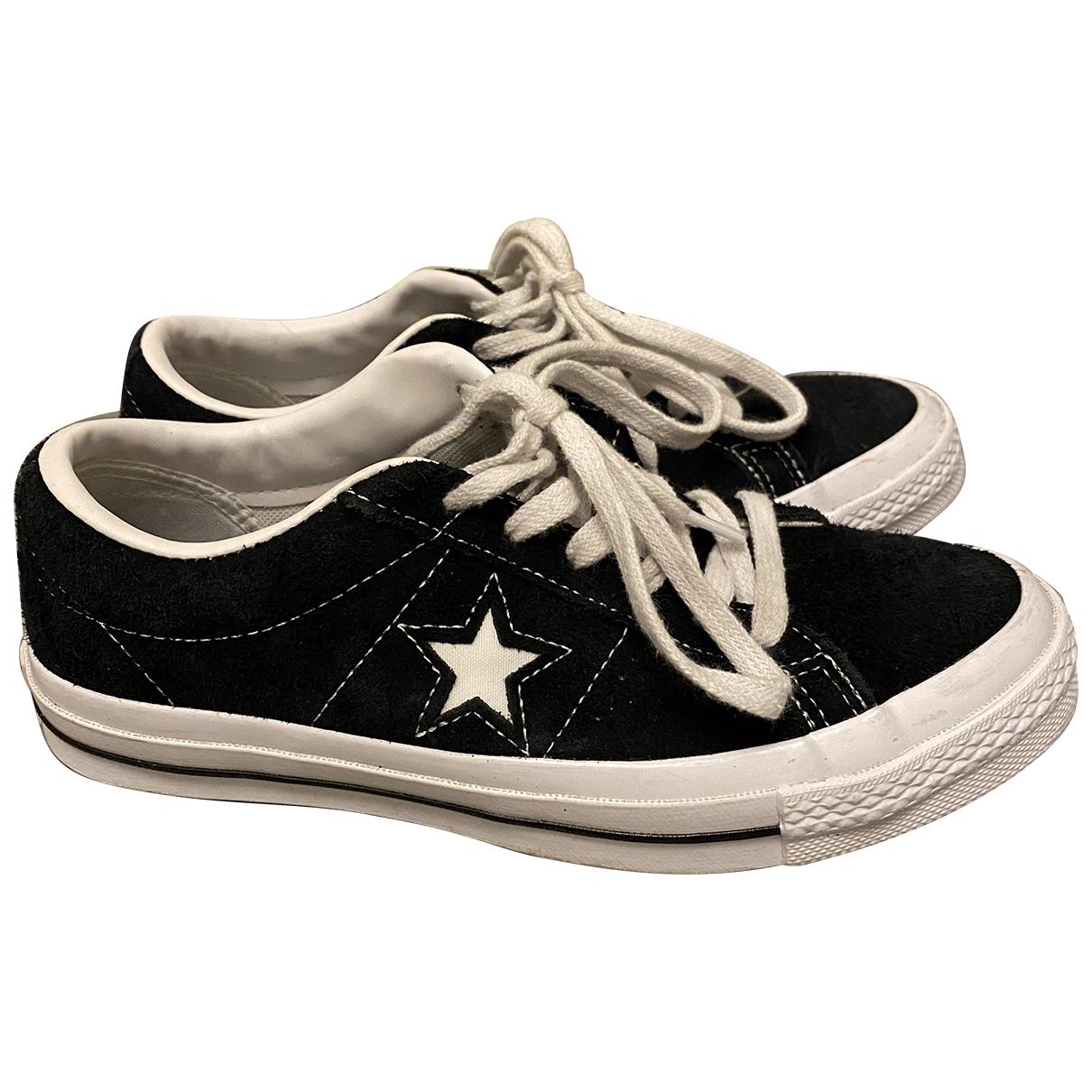Converse \N Sneakers in  Schwarz Samt
