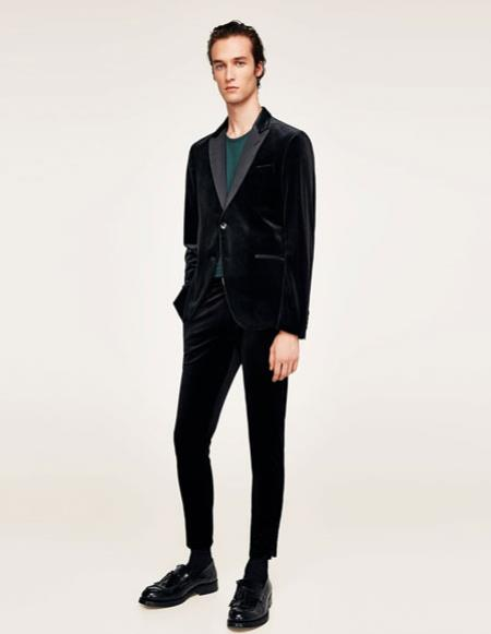 Mens black Single Breasted Peak Lapel velvet suit blazer