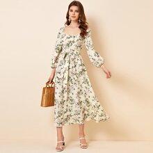 Kleid mit U Kragen, Guertel und Blumen Muster