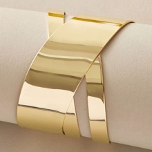 1pc Metallic Hollow Out Cuff Bracelet