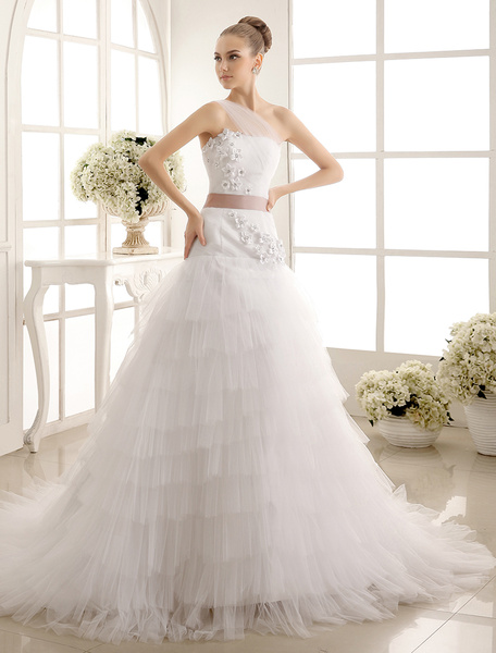 Milanoo One-Shoulder Tulle Wedding Dress With Flowers Detailing