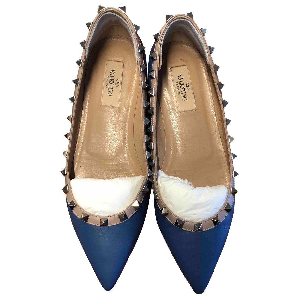 Valentino Garavani - Ballerines Rockstud pour femme en cuir - bleu