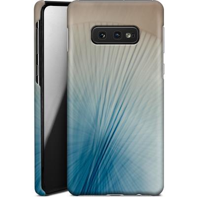 Samsung Galaxy S10e Smartphone Huelle - Blue Lines 2 von Joy StClaire