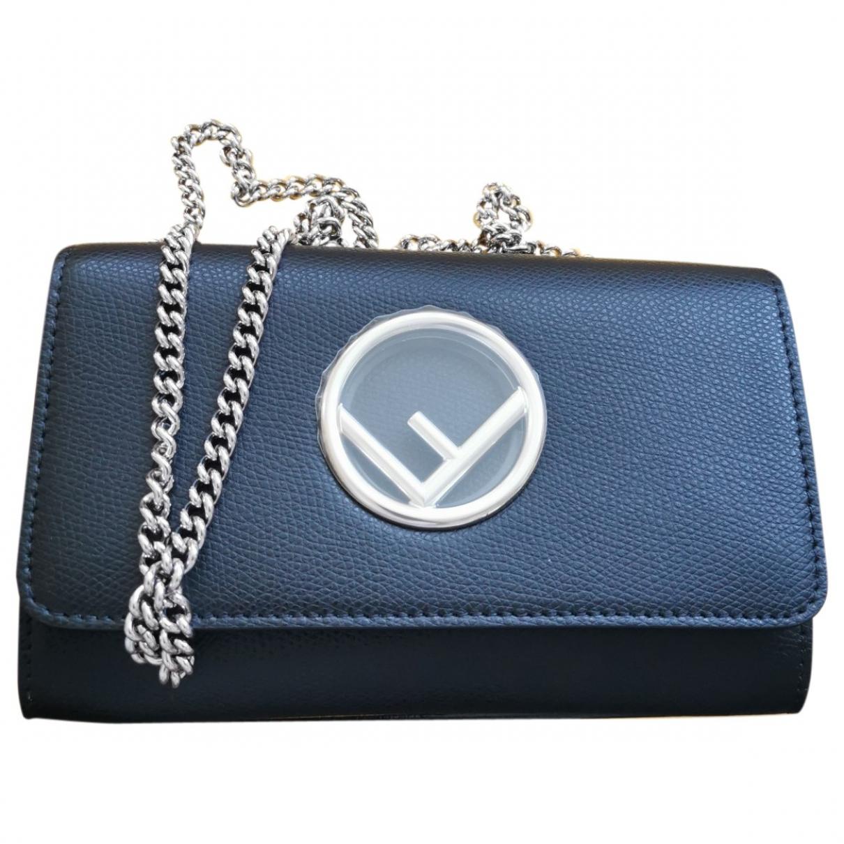 Fendi Kan I Logo Black Leather handbag for Women \N