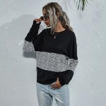T-Shirt mit Kontrast Leopard Muster und Fledermausaermeln