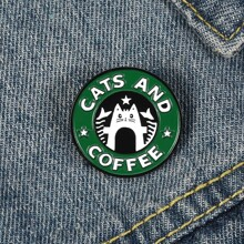 Runde Brosche mit Katze Muster