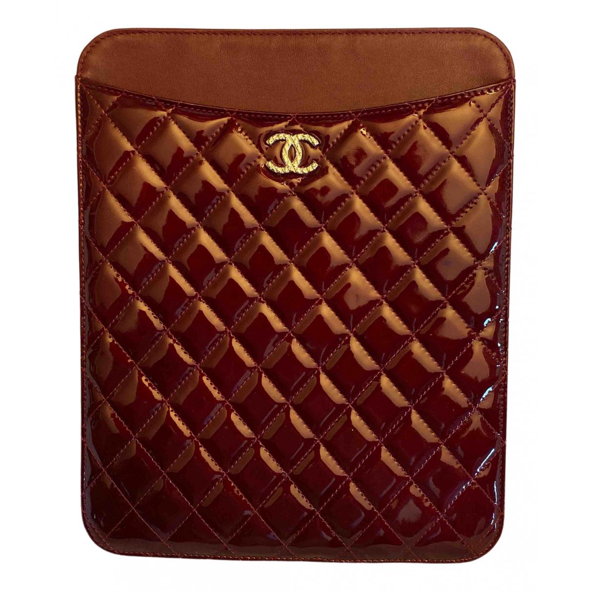 Chanel - Accessoires   pour lifestyle en cuir verni - bordeaux