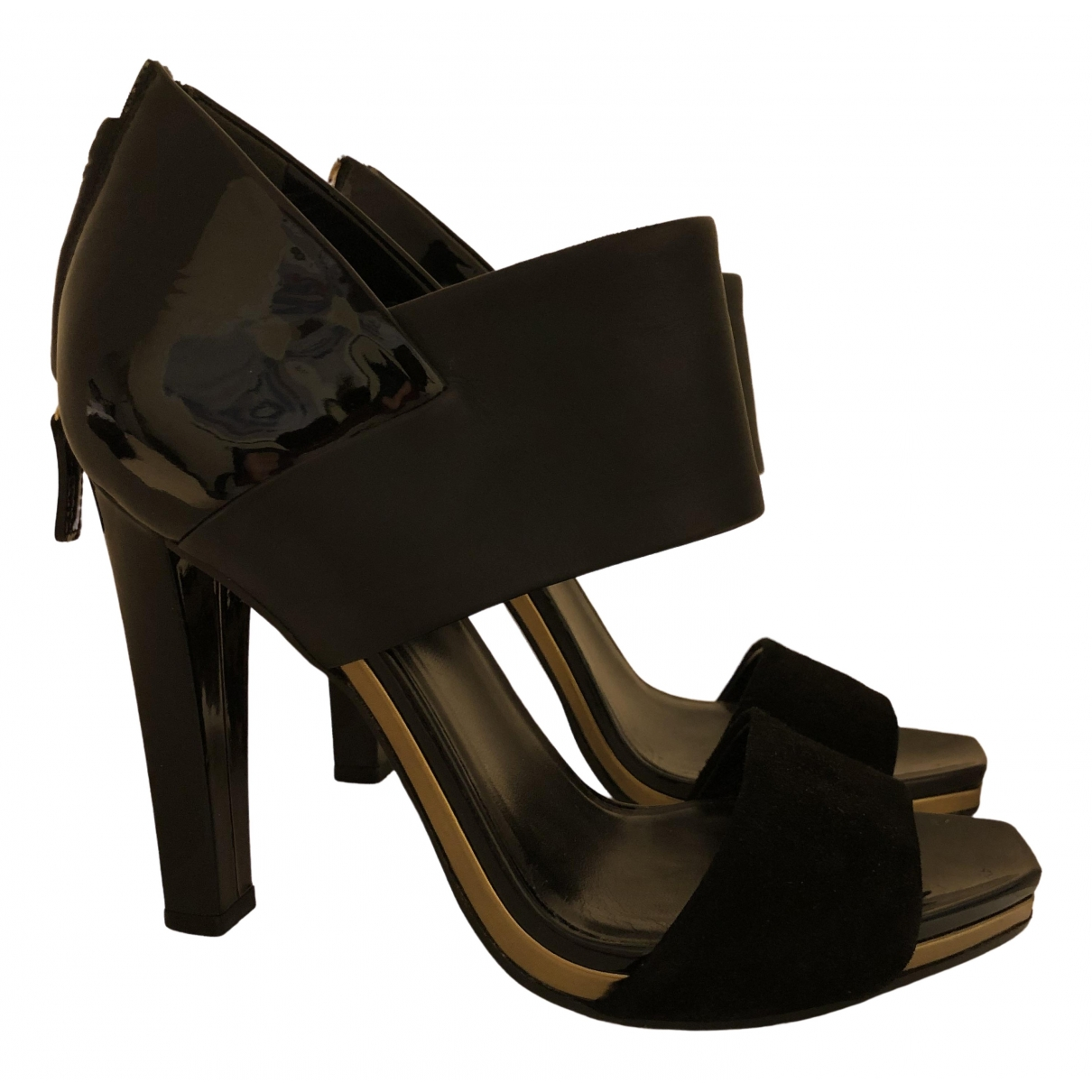 Gucci \N Black Patent leather Heels for Women 38 EU