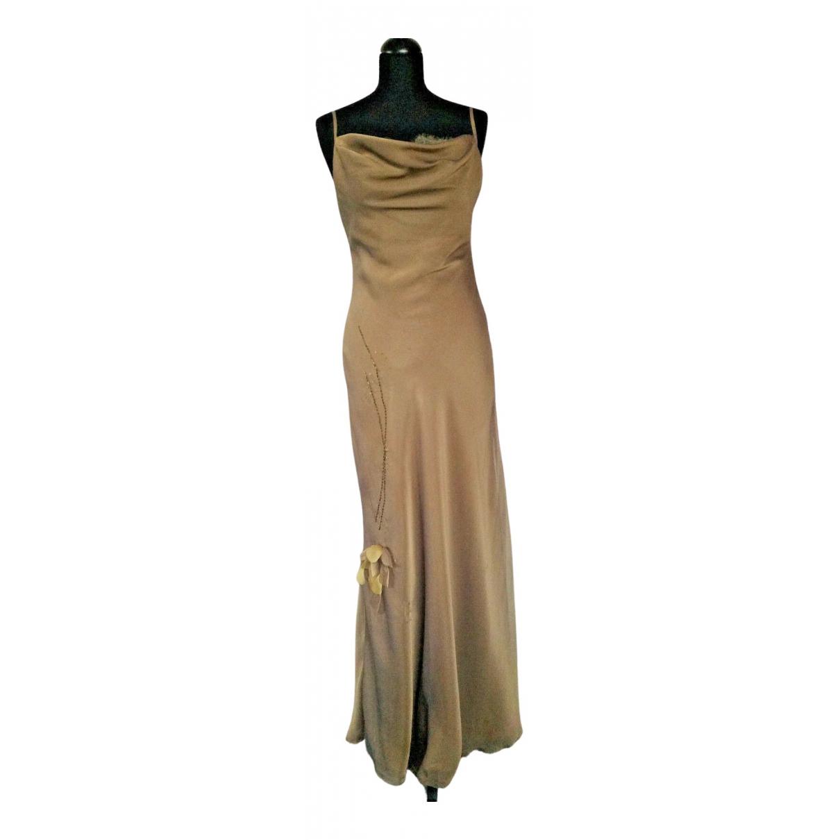 Genny \N Kleid in Seide